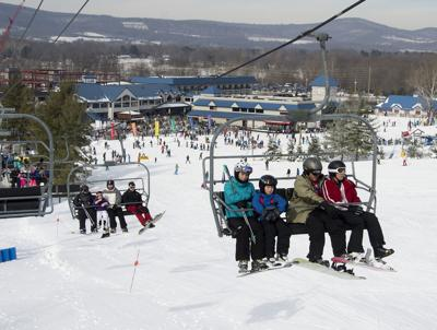 sy Liberty Mtn skiing 2 wLD