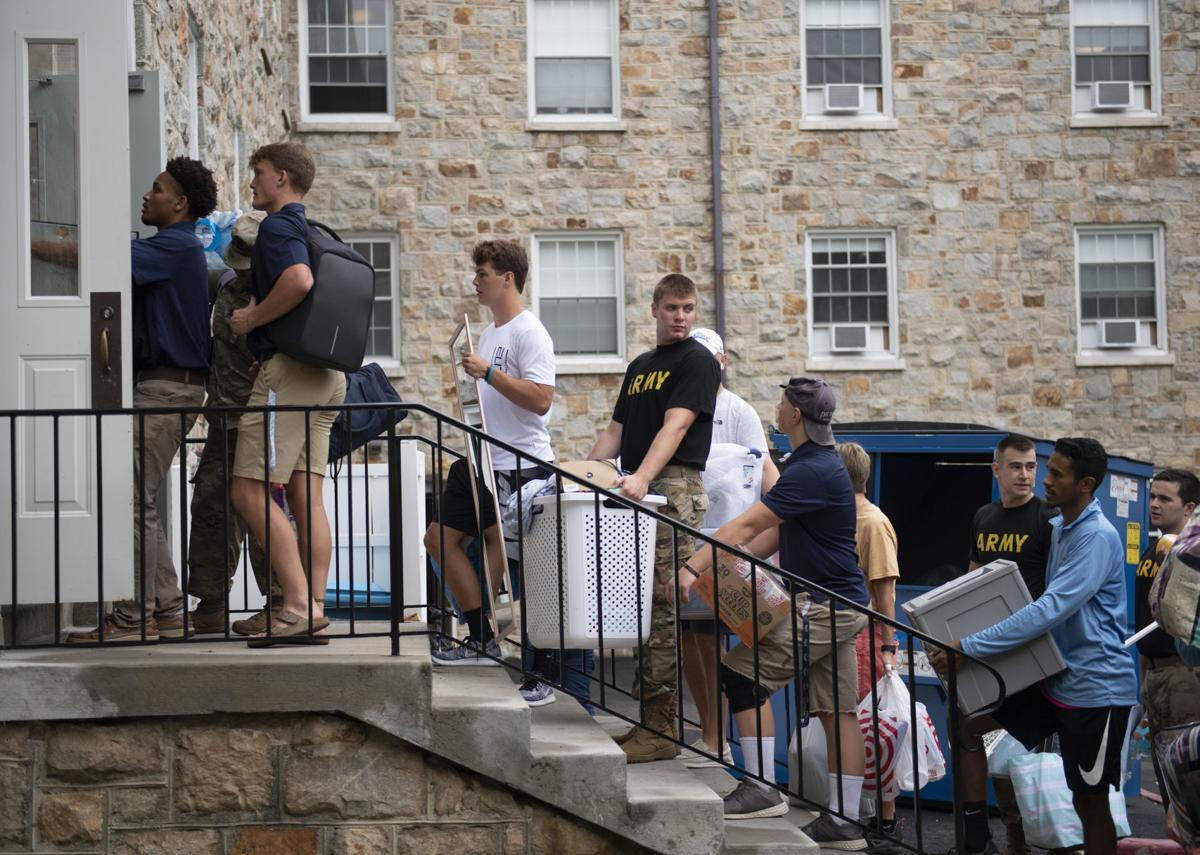 Mount Move-in Day