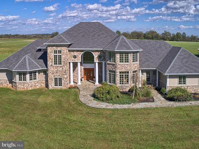 Luxury Fresh Air And Scenic Vistas All Surround The 35 Acre Estate At 14821 Mud College Road Thurmont Last Weeks Top House