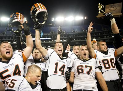 Middletown takes three in a row | Football