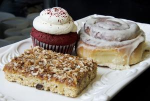 Dish: Cakes to Die For