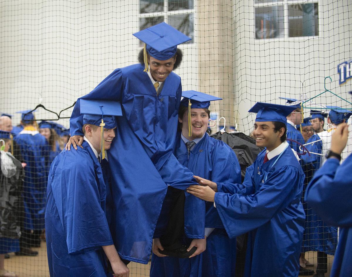 Walkersville\'s lion pride celebrates Class of 2018 graduates ...