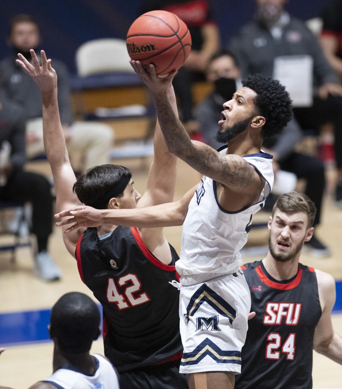 GC Mount v SFU Men's Basketball 4.jpg