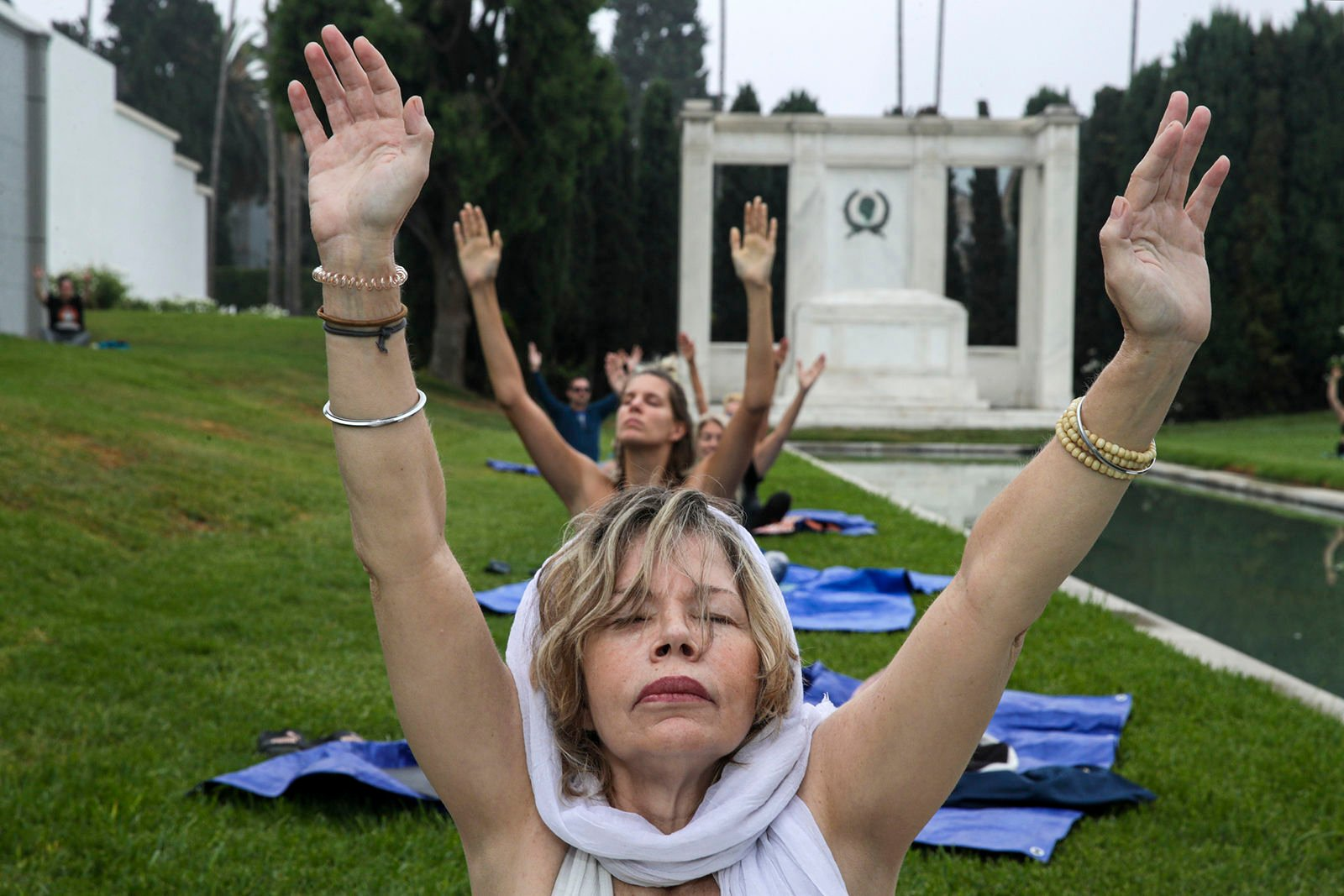 fredericknewspost.com - Jon Healey Los Angeles Times - Expanding the consciousness among the dead: Hypno-yoga at Hollywood cemetery