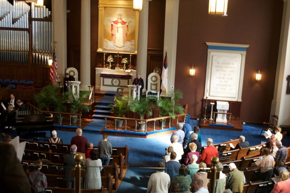 Evangelical Reformed Church returns home after fire