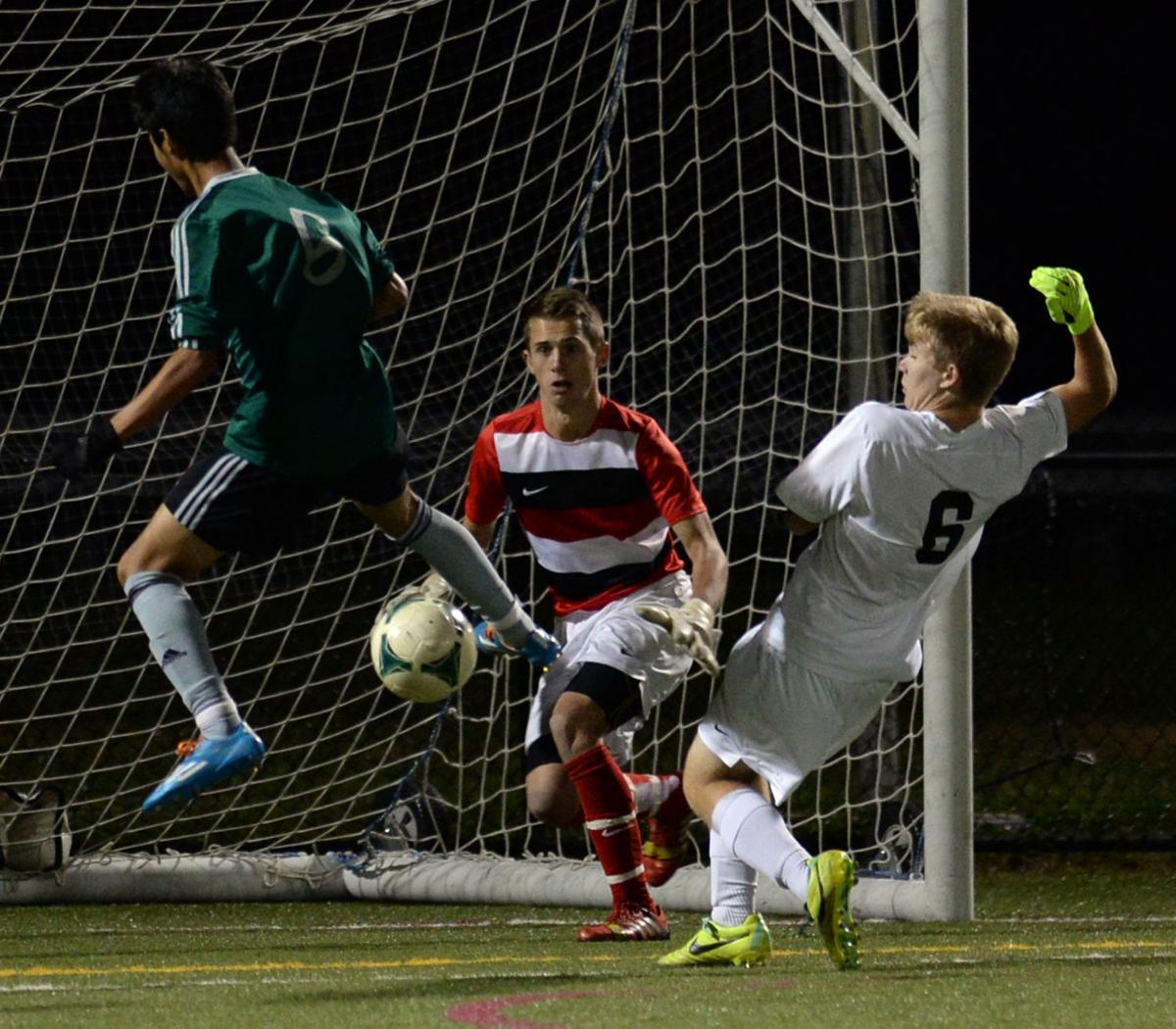sy OHS v THS soccer 31.jpg
