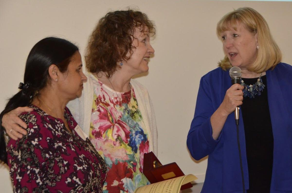 Receives Seligmann Award
