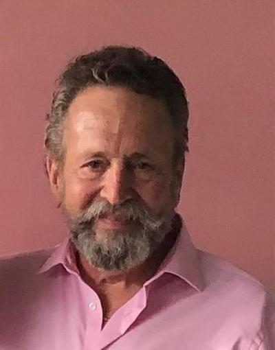 Glenn  Wiggs