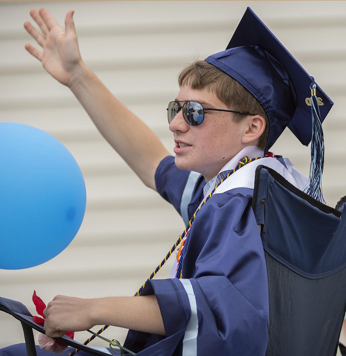 CHS Grads Parade
