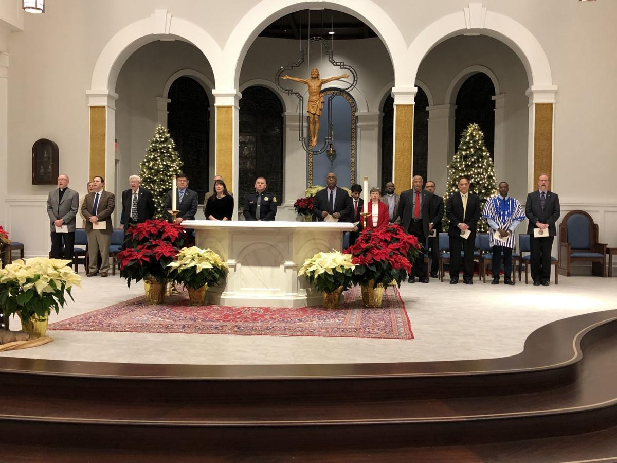 Interfaith prayer service with delegates