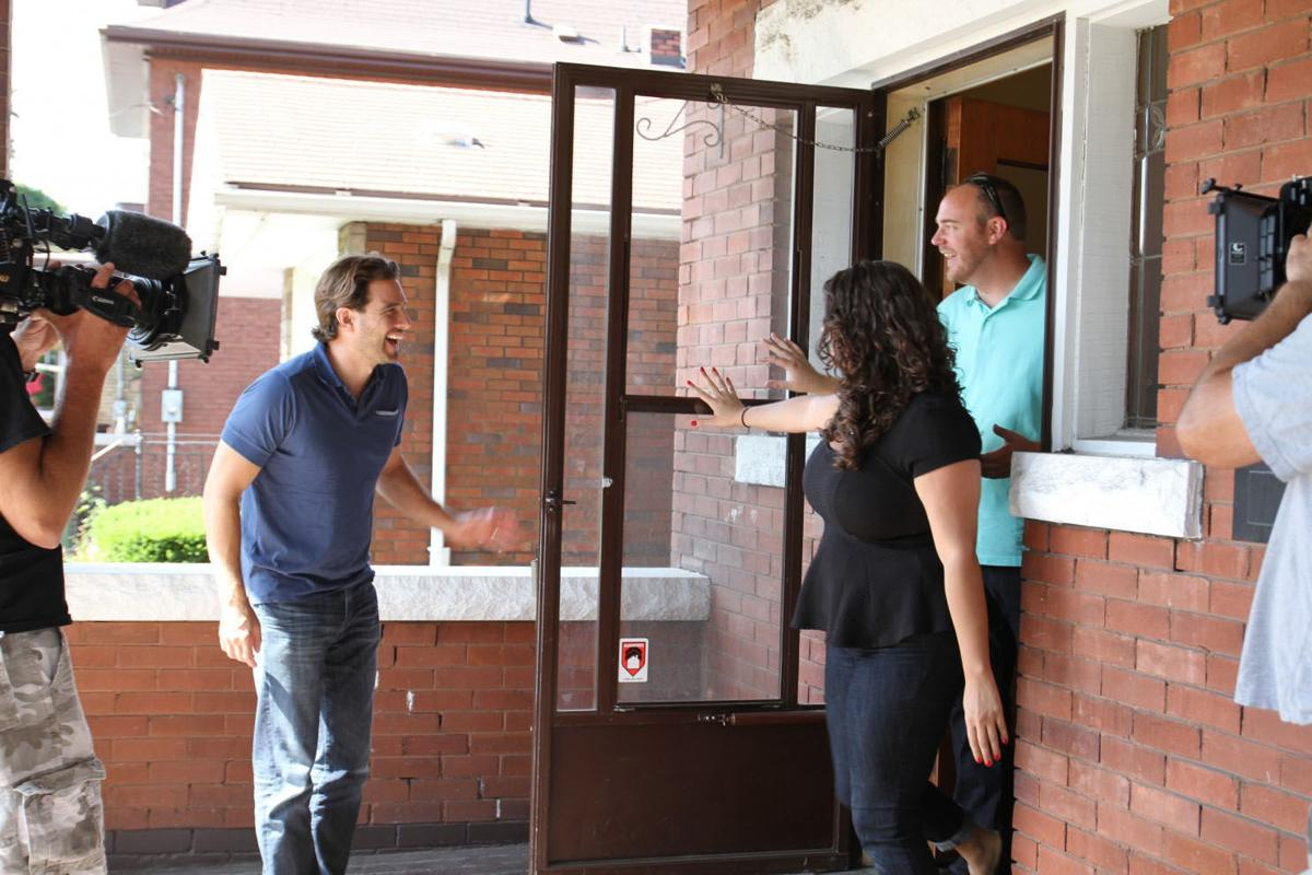 A frenzy for flipping economy business for Flip this house host