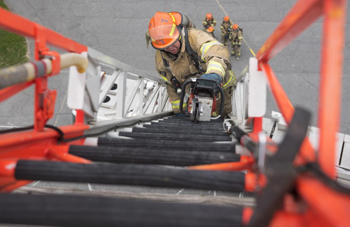 RC 21 Ladder Truck Training