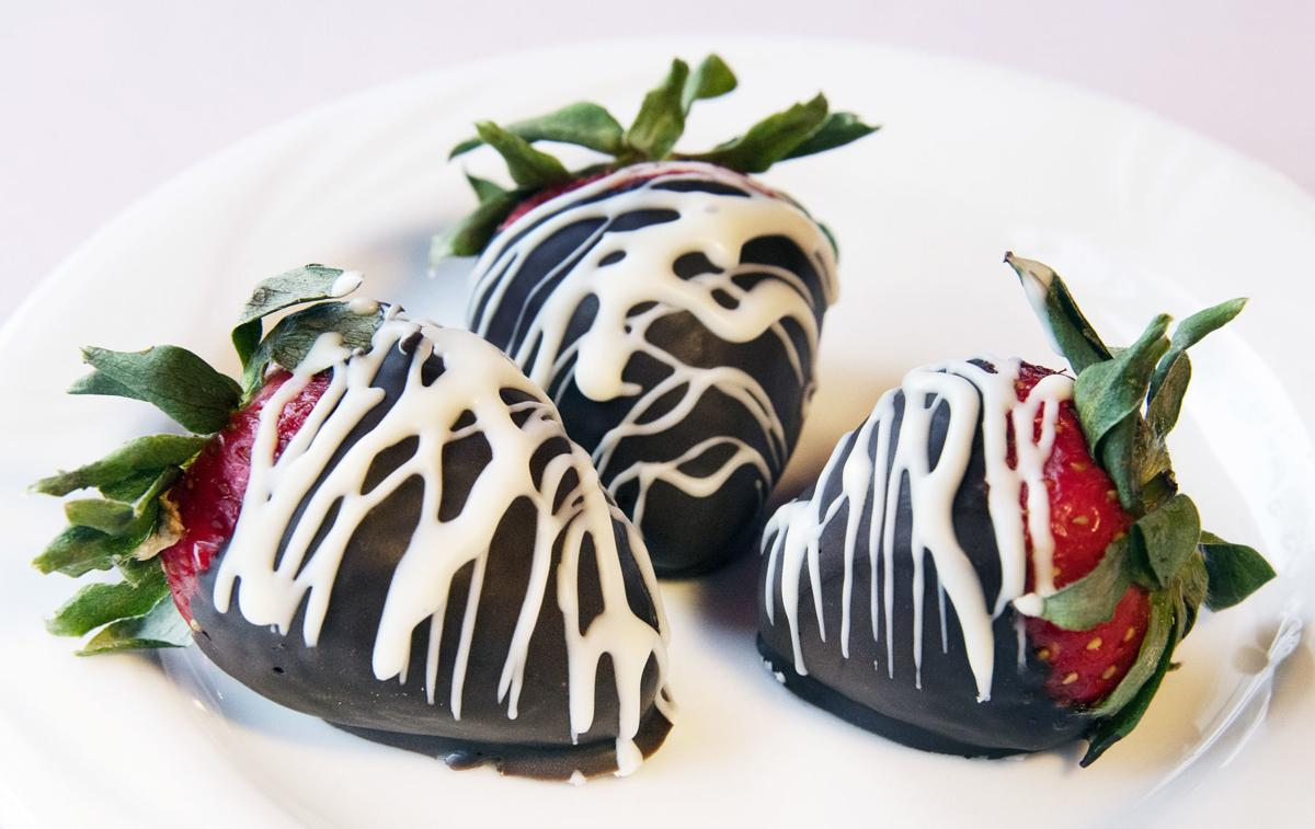 Tinsel - Chocolate Covered Strawberries