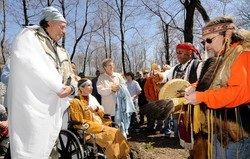 Cherokee Wedding Celebrates Love And Heritage For Dying Woman