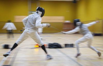 En garde: Learning the ancient art of fencing at Frederick program