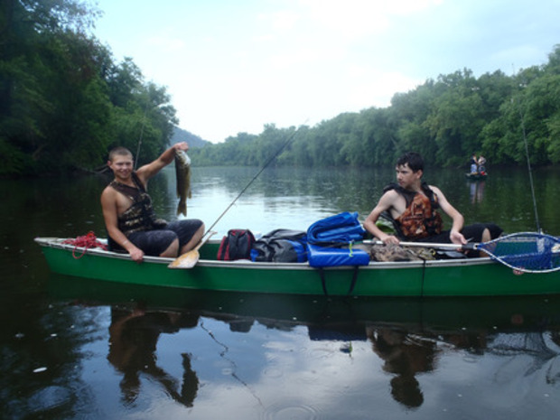 Canoeing and fishing the upper potomac maryland for Potomac river fishing spots
