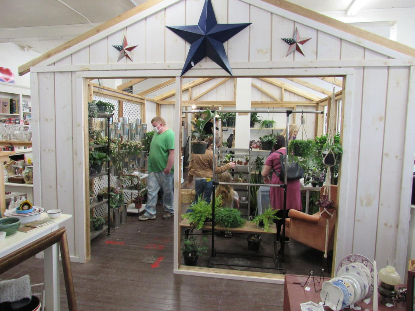 Country Shoppes of Grabill plant shop