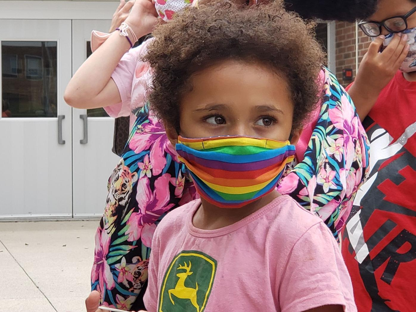 New masks for Lincoln Elementary students