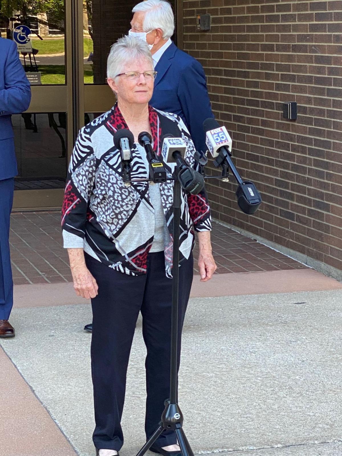 FWCS Board President Julie Hollingsworth