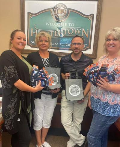 Huntertown Town Council, Utility Service Board create 'swag bags' for new residents