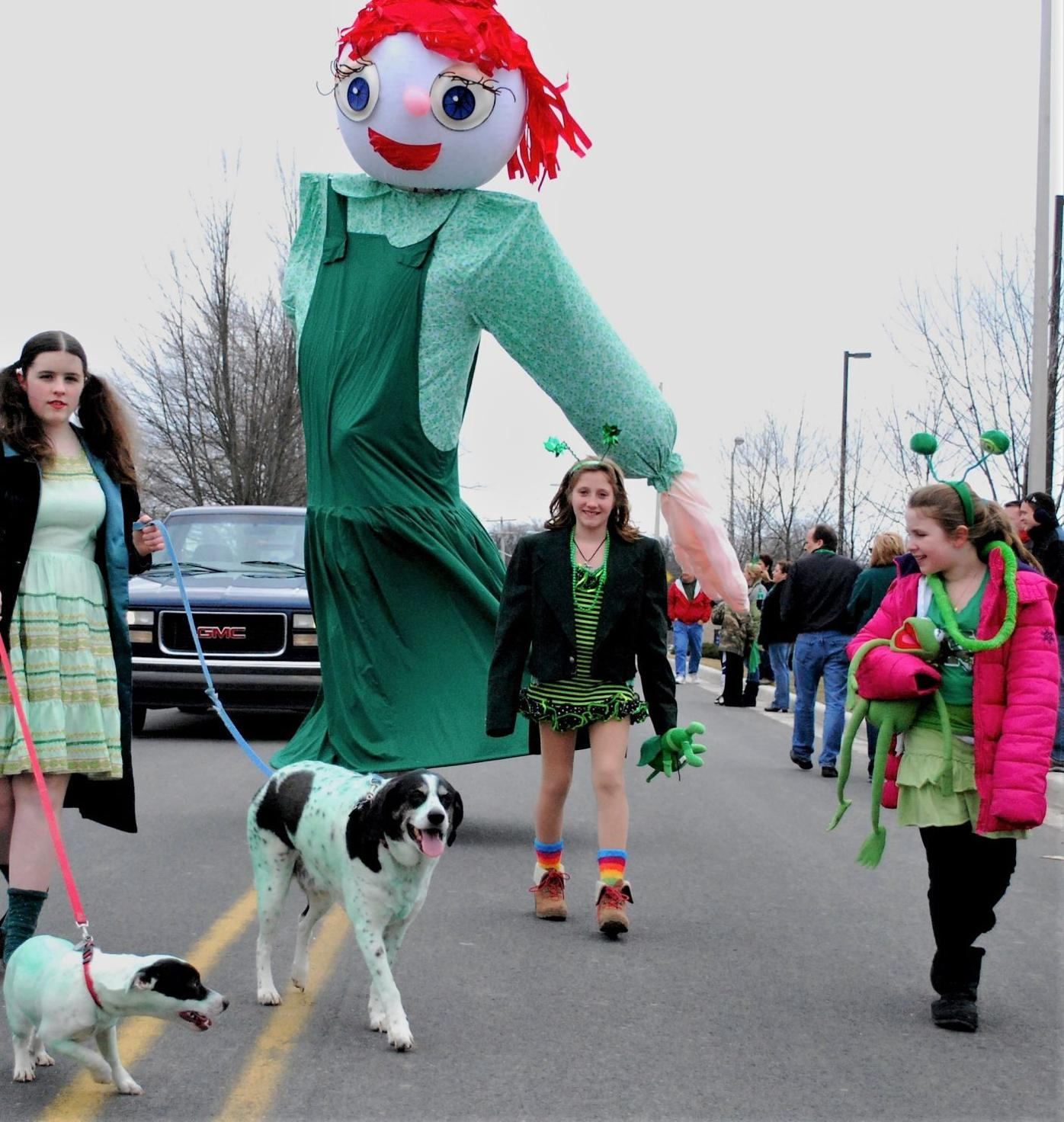 Giant walking puppet to appear at Twistful Meadow