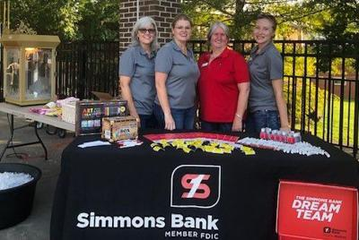 Simmons Bank Movie in the Market