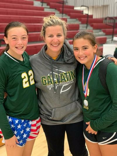 Emily Ingham and former players Gracie Hibdon and Alley Hibdon for Gallatin Middle School Volleyball Club.