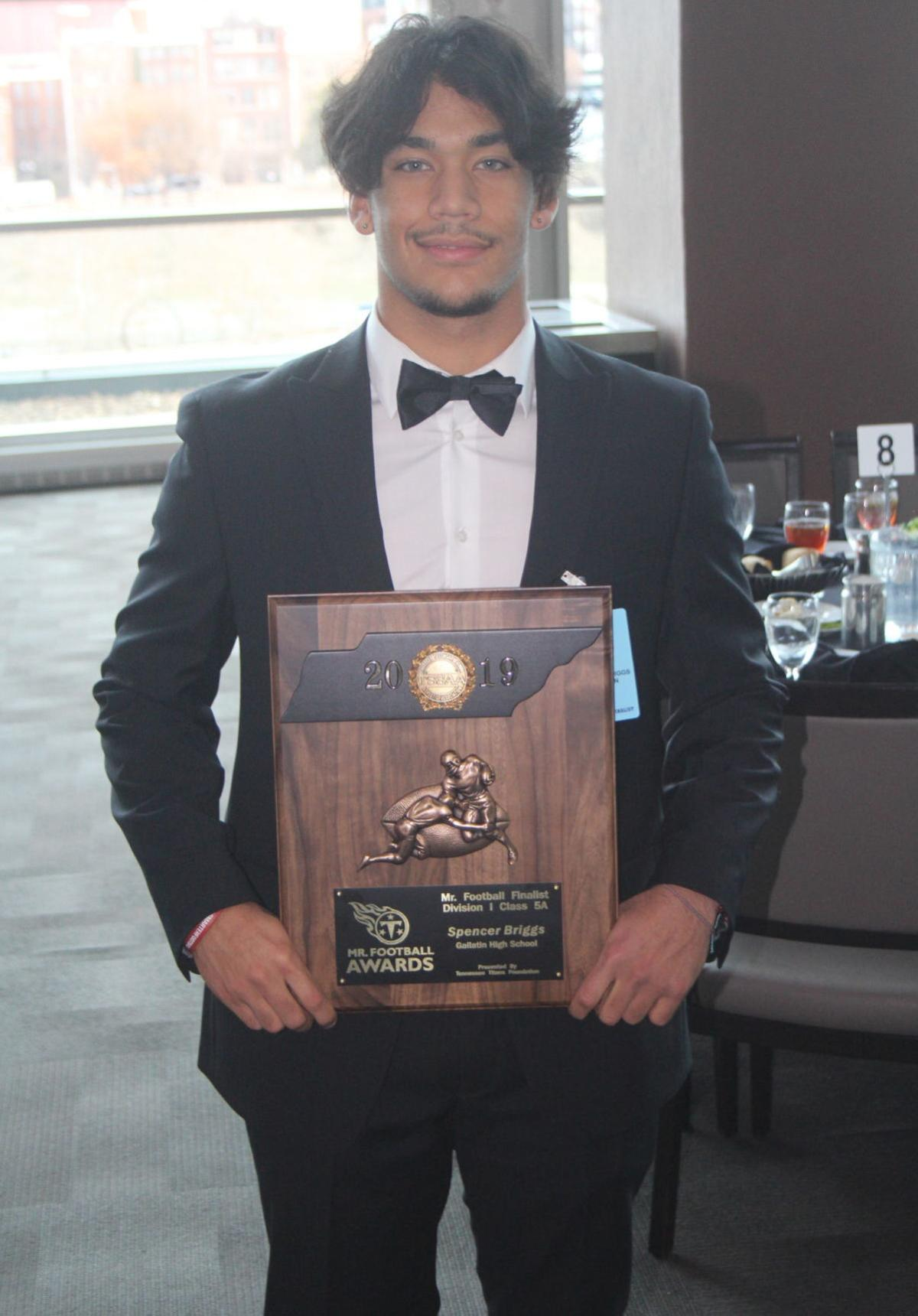 Spencer Briggs earned Tennessee Titans Mr. Football Finalist for Class 5A.