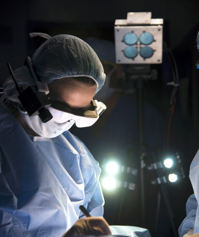 High-tech goggles helping surgeons spot deadly cells inside the body