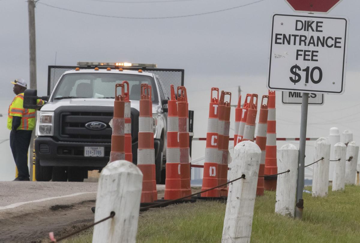 Texas City Dike Closed