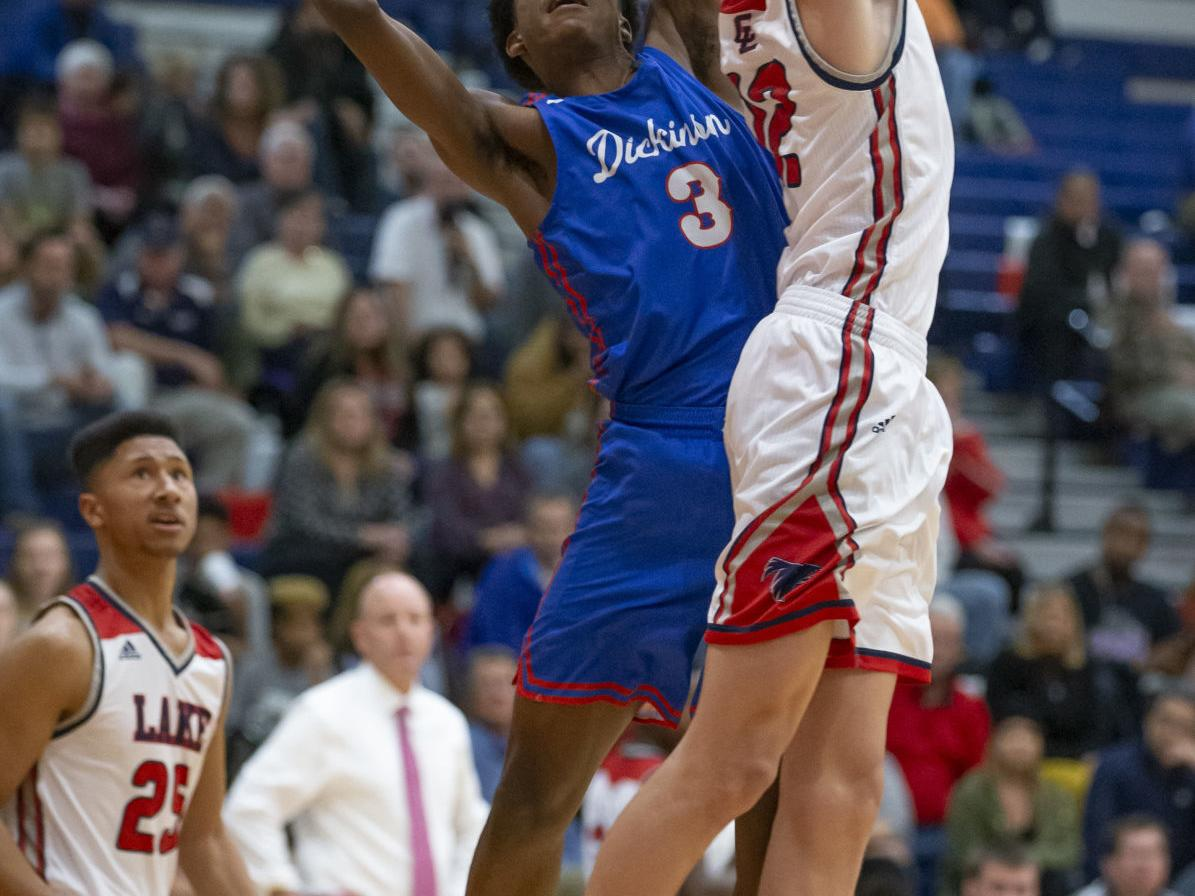 Tramon Mark's 30 second-half points help rally Gators by Falcons