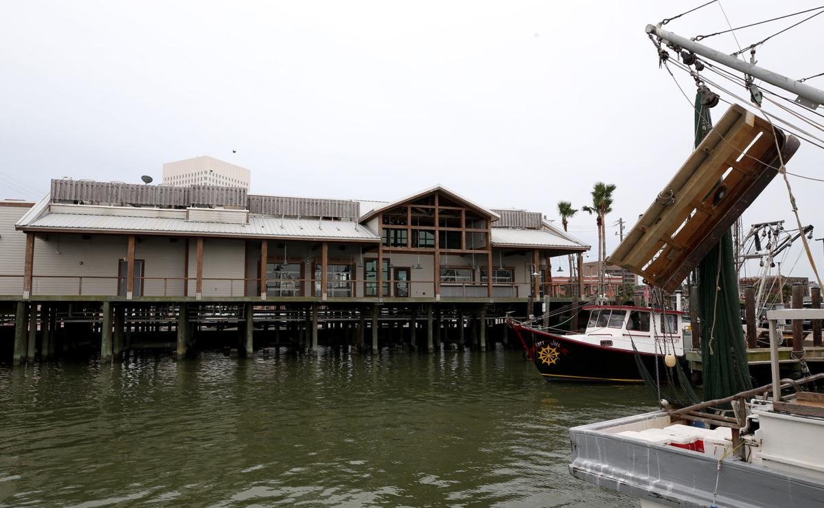 Port oks lease with katie 39 s seafood pending changes for Galveston fish market