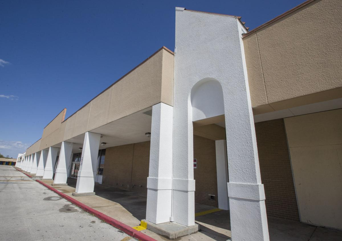 Business - Texas City Old HEB Building
