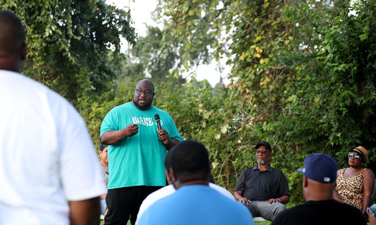 La Marque community members meet after fatal shooting