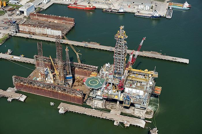 New crane at Gulf Copper