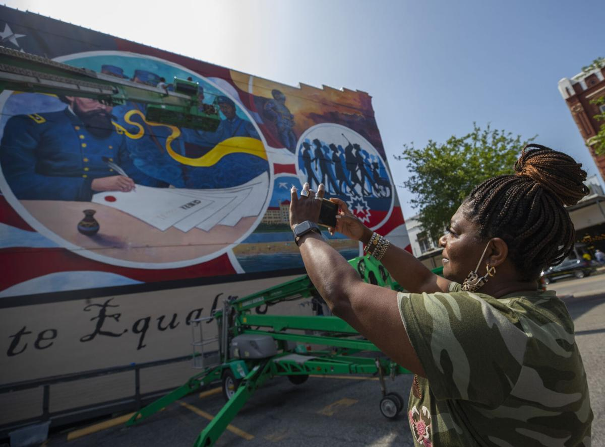 Downtown Mural Nears Completion