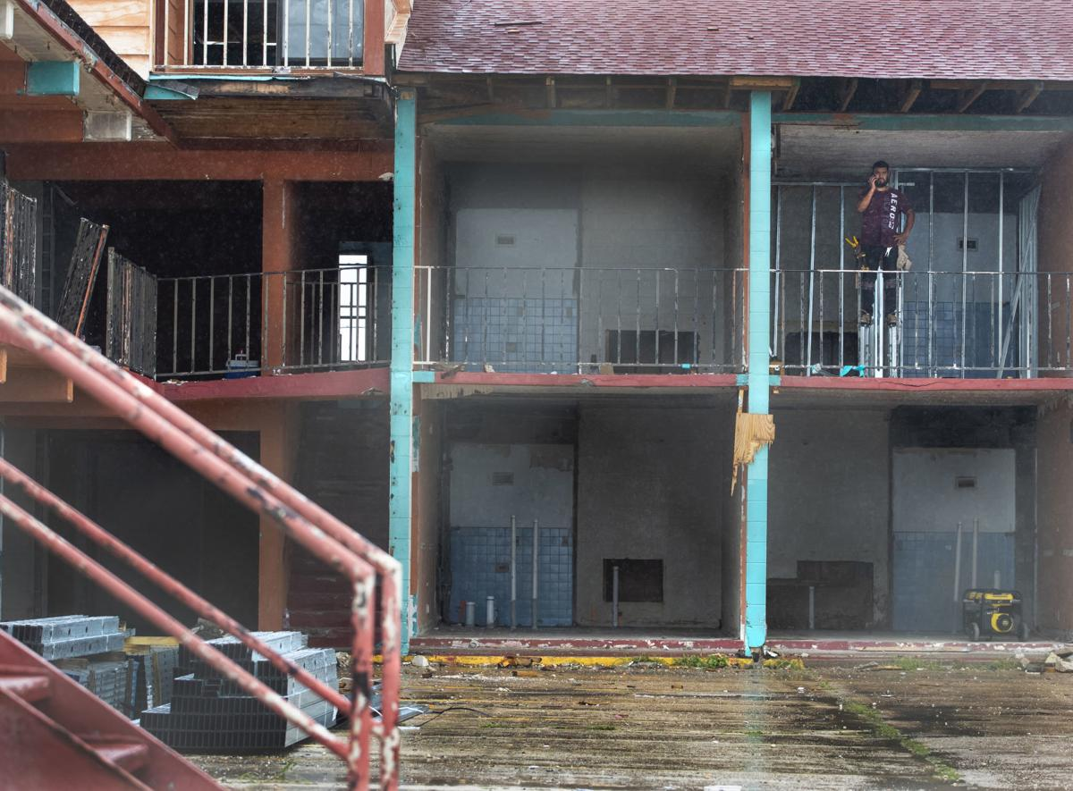 Biz Buzz-Mariner Inn