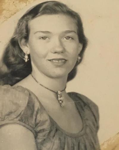Elva Marie Weyer Creppon
