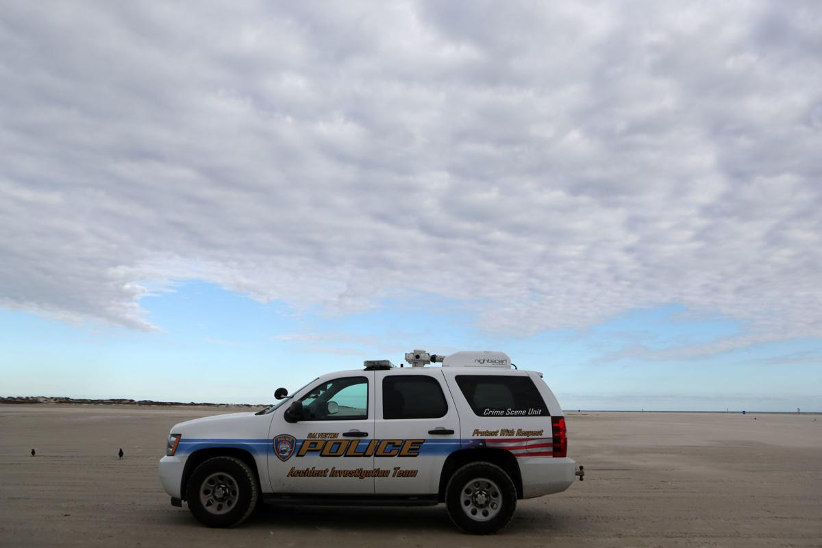 Body found at San Luis Pass