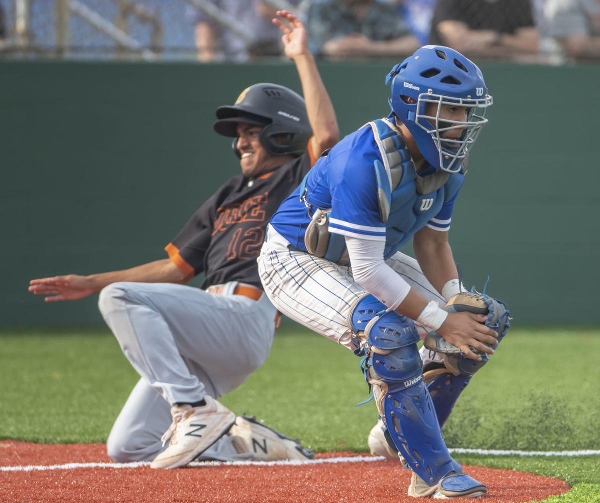 Dickinson vs Dobie Baseball