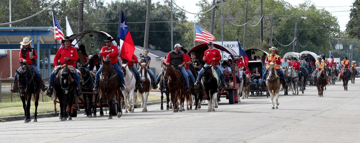 Trail riders roll through La Marque