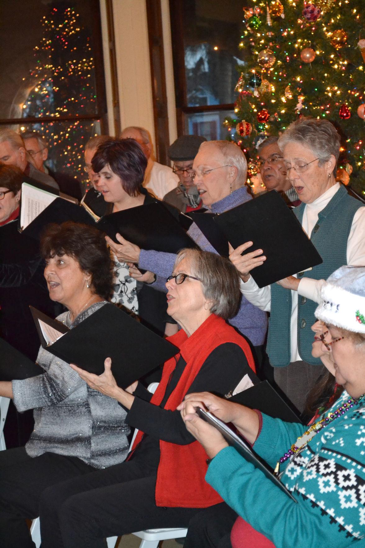 Galveston College Community Chorale singers