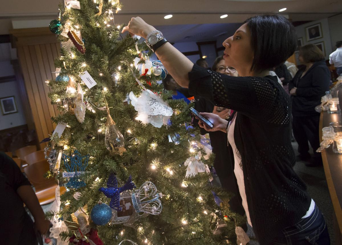 Ornaments for loved ones lost - Mina Dehghani Wymore Places An Ornament On A Tree Tuesday In Honor Of Her Lost Loved Ones Micheal Ortiz And Leticia Ortiz At The 17th Annual Galveston