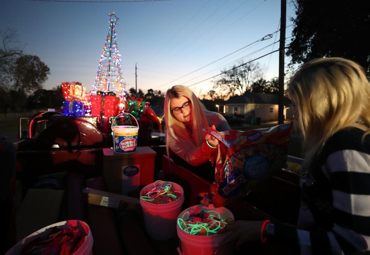 La Marque Christmas parade