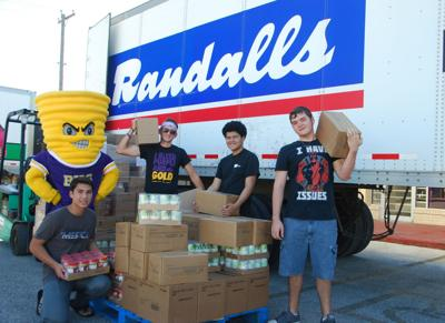 BHS and Randalls team up with food drive