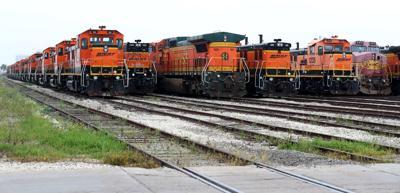 BNSF engines