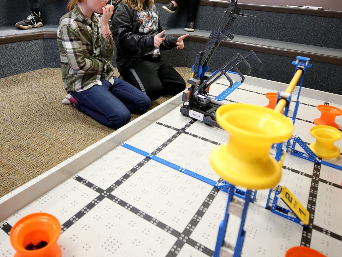 Texas City High School robotics team returns to world championship