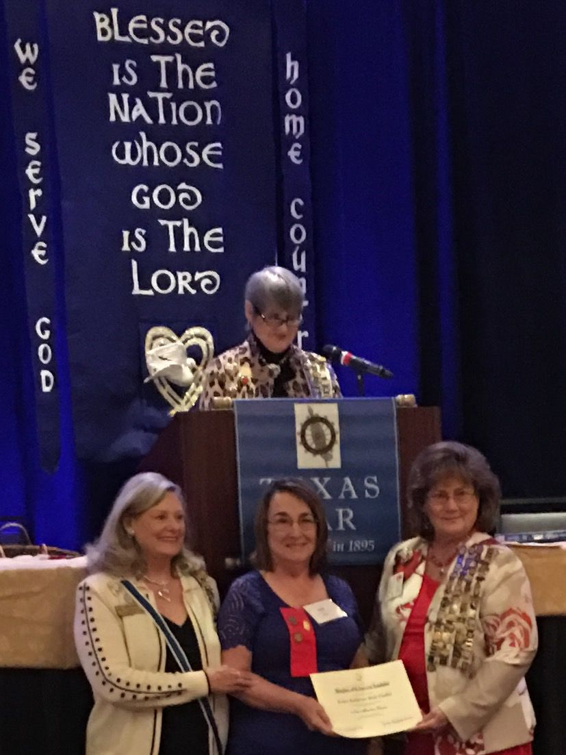 Kathie Chaffee graduates from national DAR leadership course
