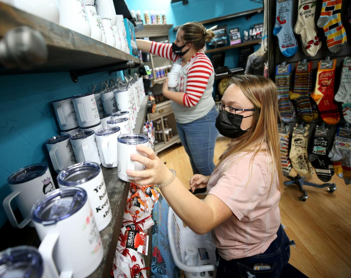 Did holiday shopping boost small biz