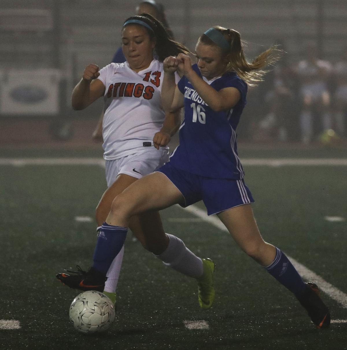 Friendswood vs. Texas City girls soccer